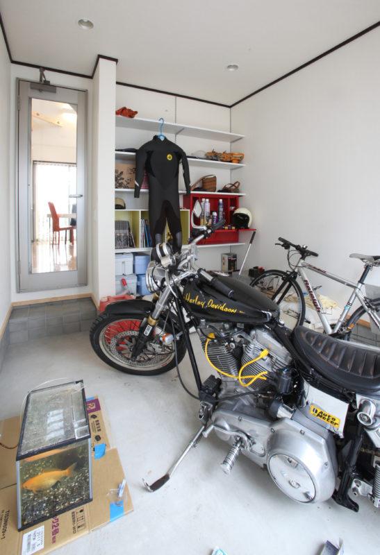 オープンガレージ
